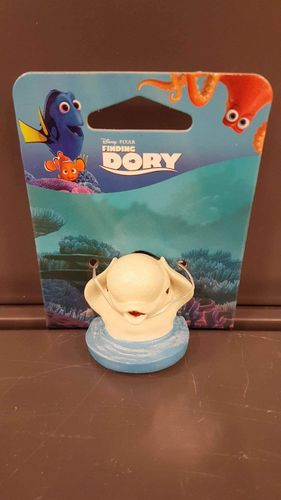 FINDING DORY BAILEY IN WATER